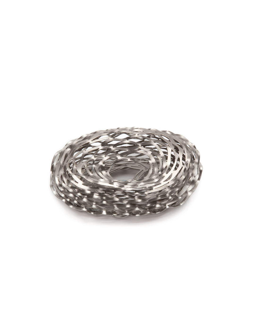 Antje Bräuer, untitled, 2010, brooch; titanium, stainless steel, 79 x 120 x 55 mm, €1020