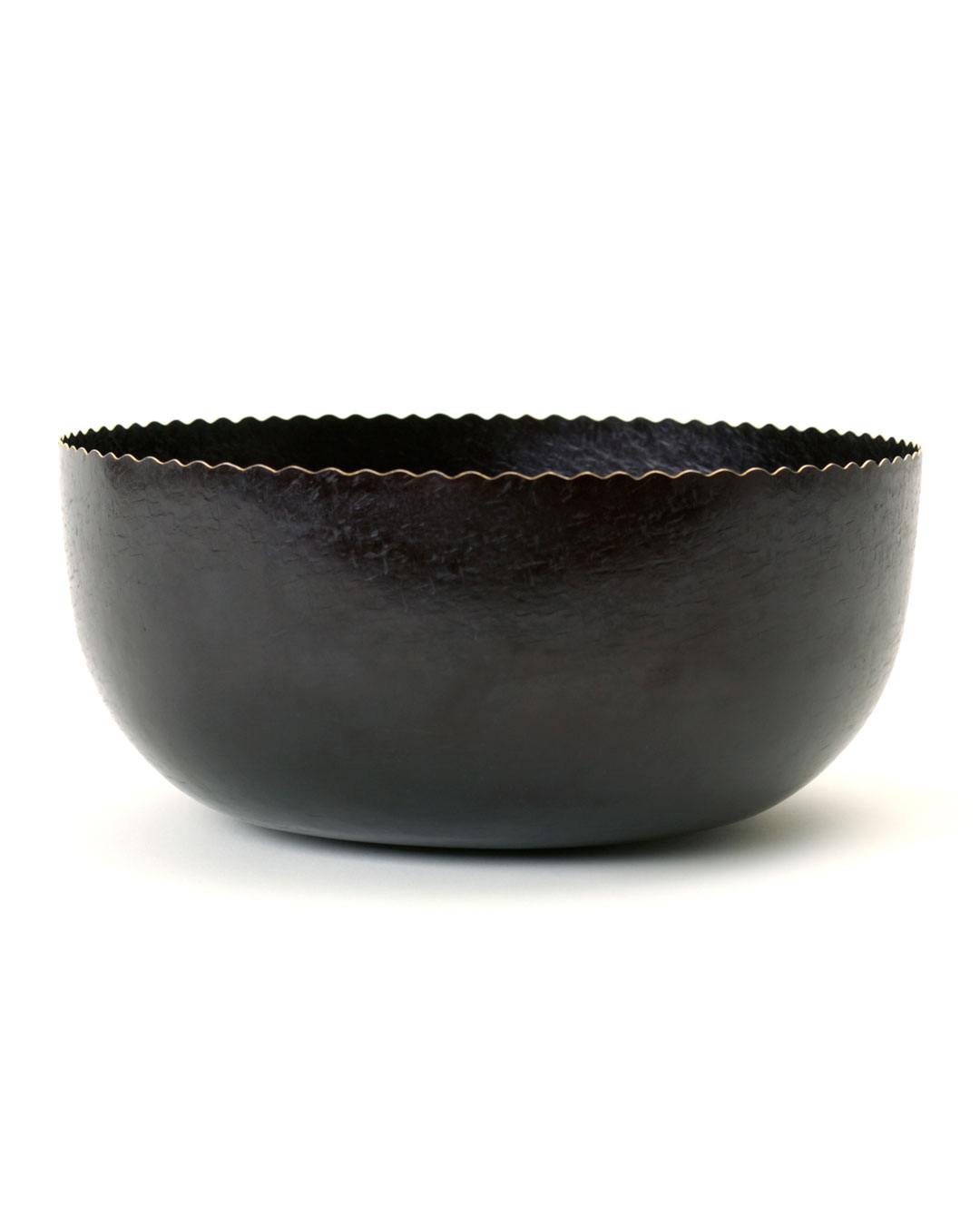 Tore Svensson, untitled, 2001, bowl; steel, 140 x 280 mm, €3500