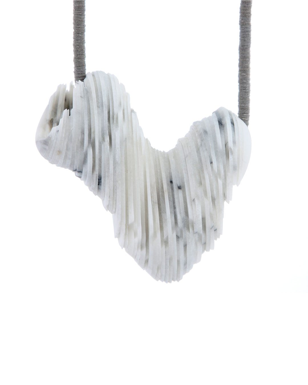 Tarja Tuupanen, untitled, 2015, necklace; ready-made marble tableware, velour sticker, steel wire, brass, 450 x 120 x 50 mm, €1700