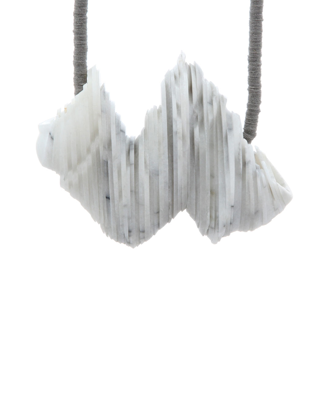 Tarja Tuupanen, untitled, 2015, necklace; ready-made marble tableware, velour sticker, steel wire, brass, 450 x 120 x 45 mm, €1700
