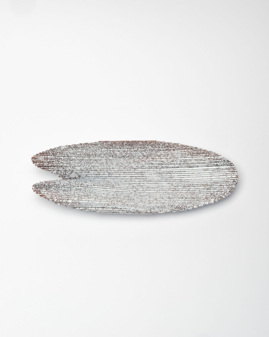Li Liang, Nr. 3: Line, 2018, brooch; copper, 150 x 50 x 20 mm, €970