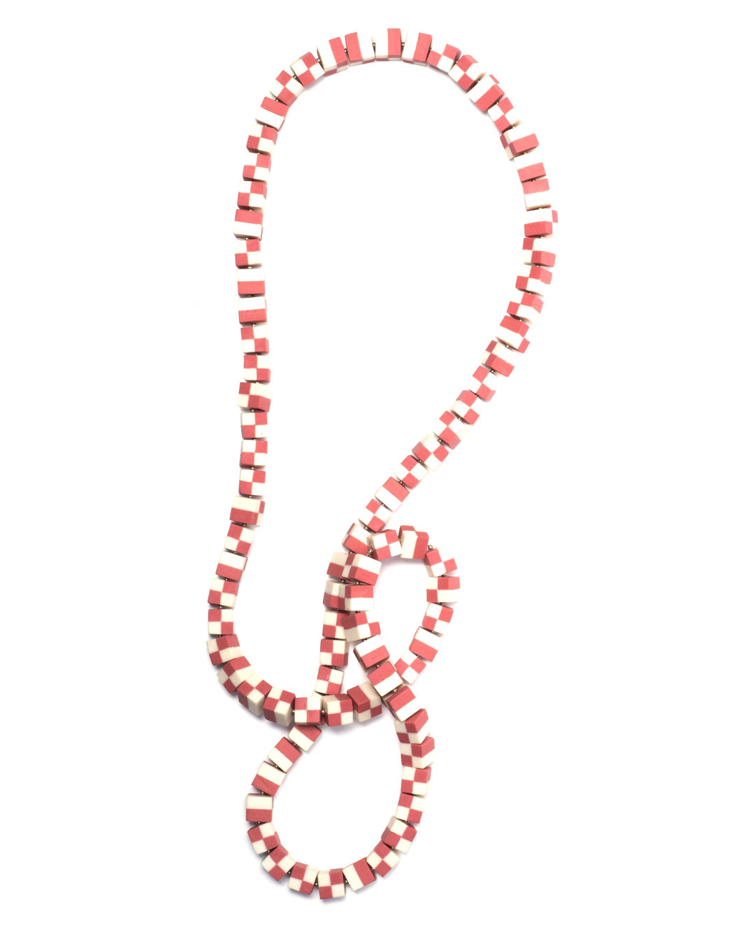 Nina Sajet, untitled, 2017, necklace; porcelain, pigment, wire, gilded silver, 420 x 40 x 10 mm, €1100