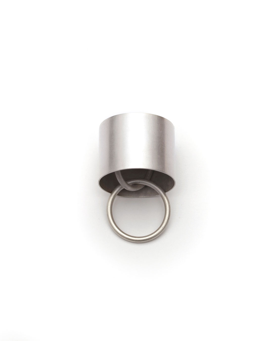 Junwon Jung, untitled, (round, multiple rings), 2016, ring; silver, gold, 30 x 30 x 35 mm, €970