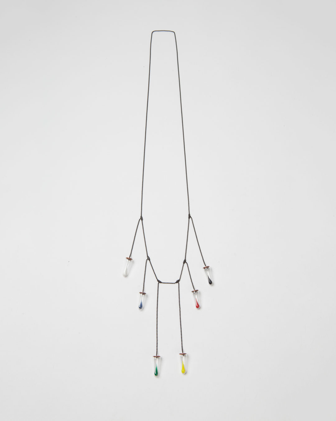 Annamaria Leiste, Colours Cry, 2014, necklace; glass, coloured glass, copper, silver, 400 x 100 x 10 mm, €970