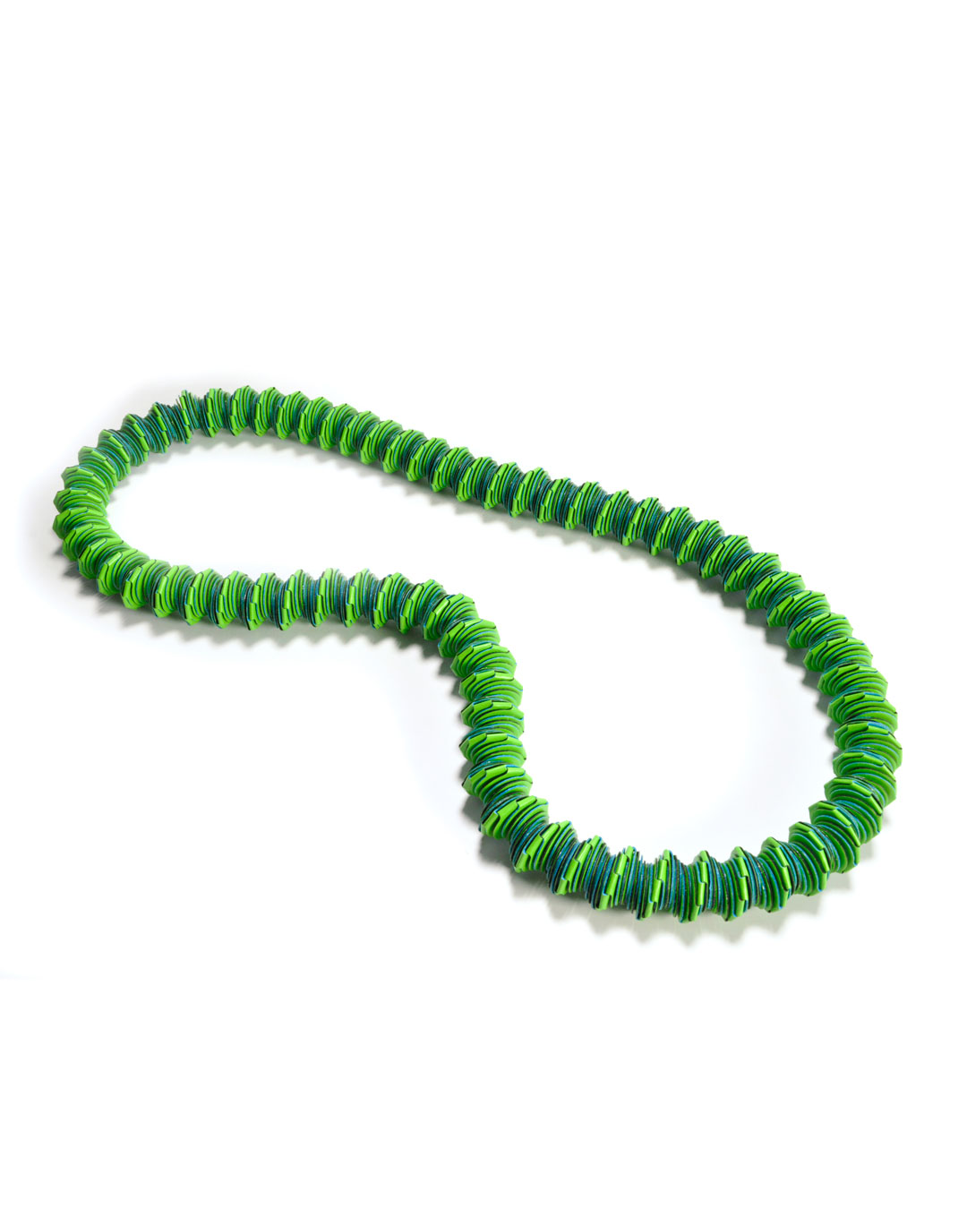 Nel Linssen, untitled, 1999, necklace; plastic-coated paper, 350 x 150 x 20 mm, €950