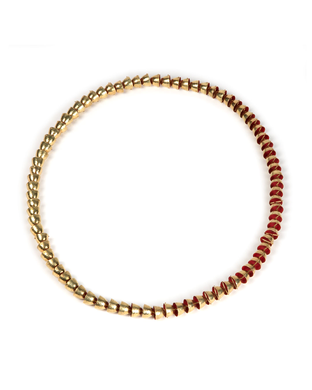 Piergiuliano Reveane, untitled, 2018, necklace; gold, enamel, ø 895 x 14 mm, price on request (image 3/3)