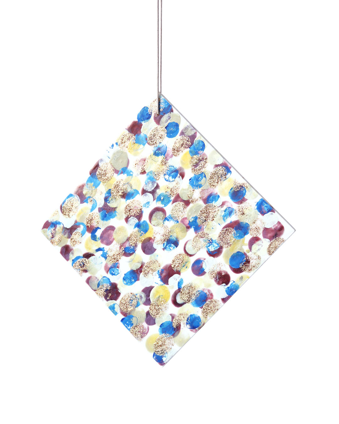 Julia Walter, Camouflage, 2014, pendant; Galalith, paint, cotton string, 200 x 200 x 5 mm, € 1700