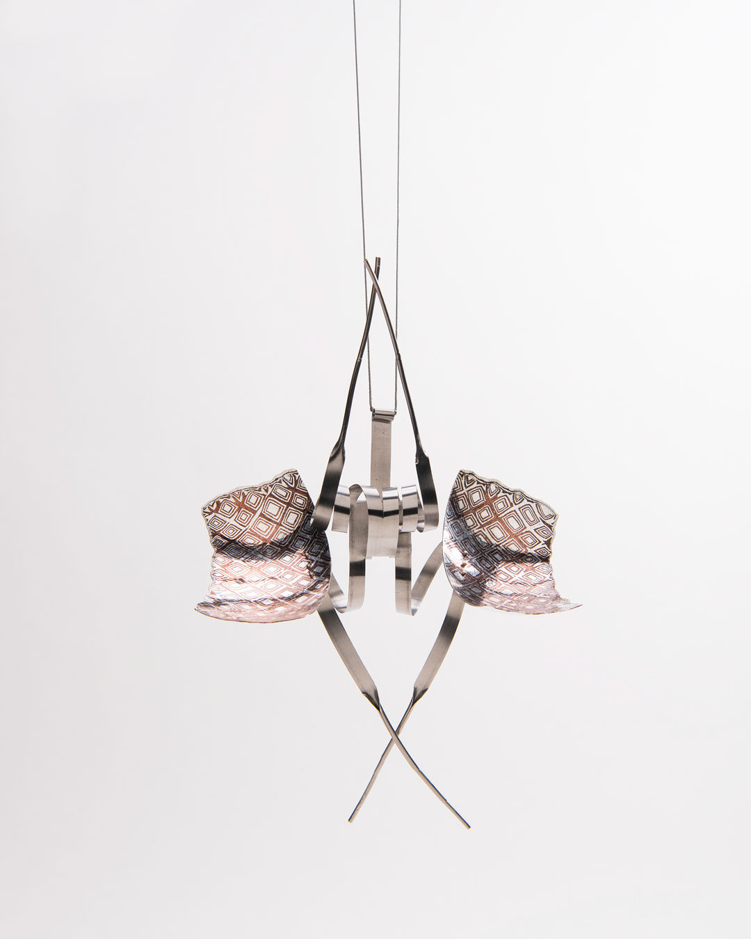 Andrea Wippermann, Mantis Religiosa, 2018, pendant; silver, copper, stainless steel, blackened silver, 180 x 120 x 65 mm, €4600