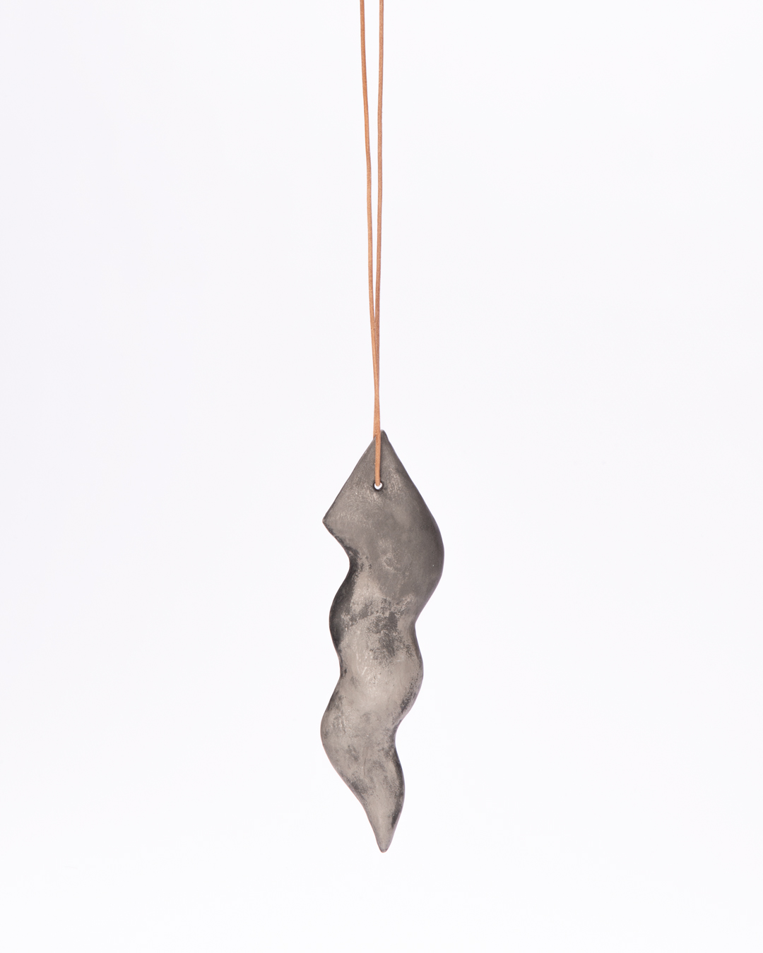 Julia Walter, untitled, 2020, pendant, wood, minerals, pigments, acrylic paint, leather string, 180 x 50 x 10 mm € 485